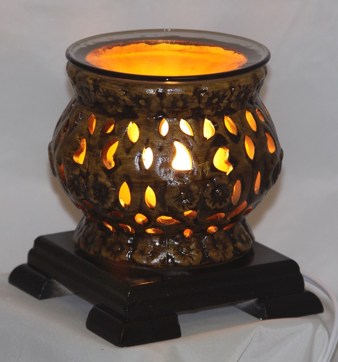 EW-614 - POTTERY ELECTRIC OIL BURNER, THE UNIT HAS WOOD BASE AND COMES WITH DIMMER CONTROL. 12PCS PER CASE.