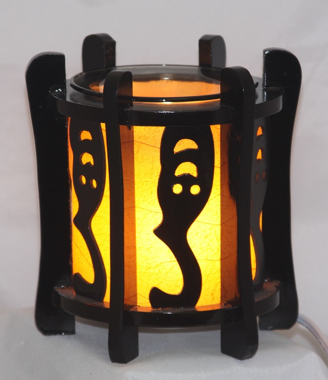 EW-708 - WOOD ELECTRIC OIL BURNER. DIMMER SWITCH TO ADJUST THE BRIGHTNESS OF THE LAMP.