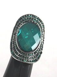 ESR56GN - TRENDY STRETCH RINGS, FITS ANY SIZE FINGER. GRADE A RHINESTONE PAVED, VERY NICE.