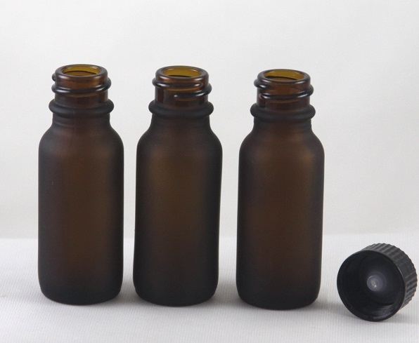 1/2 Oz Frosted Glass bottle 450pc with 450pc Small Black CAPS